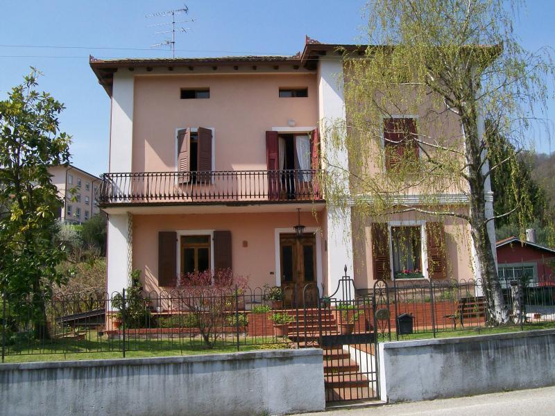 Villa d 39 epoca tricamere in vendita a tarcento villa for Cianografie d epoca in vendita