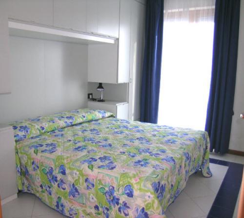 Camera - Appartamento monocamera in affitto a Grado Città Giardino