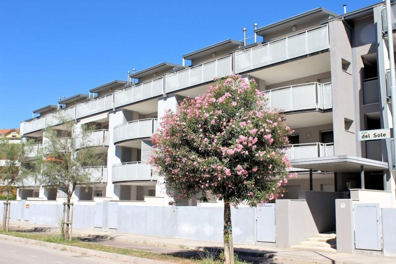 Esterno - Appartamento monocamera in affitto a Grado Città Giardino