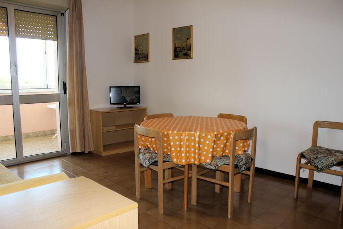 Soggiorno-cottura - Appartamento monocamera in affitto a Grado Città Giardino