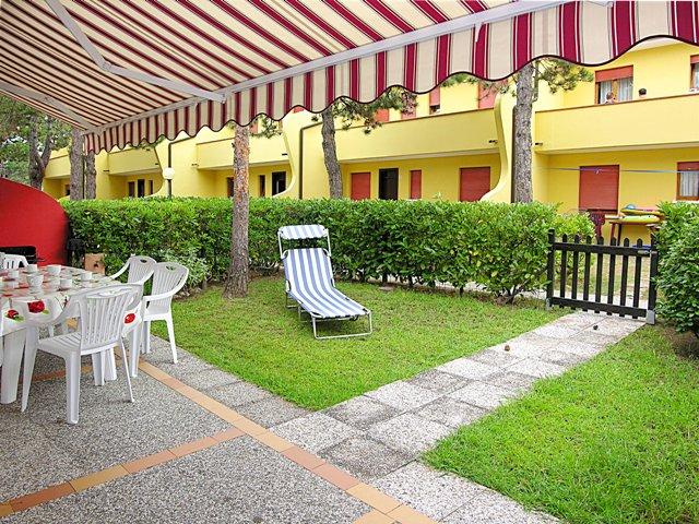 Appartamento trilocale in affitto a bibione bibione trilocale in affitto con giardino privato - Affitto casa con giardino ...